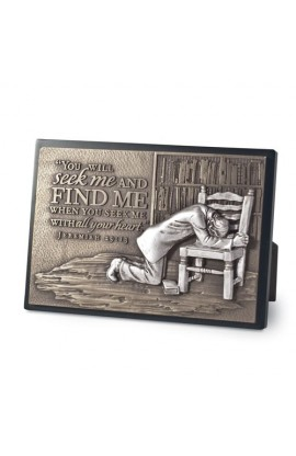 PRAYING MAN PLAQUE
