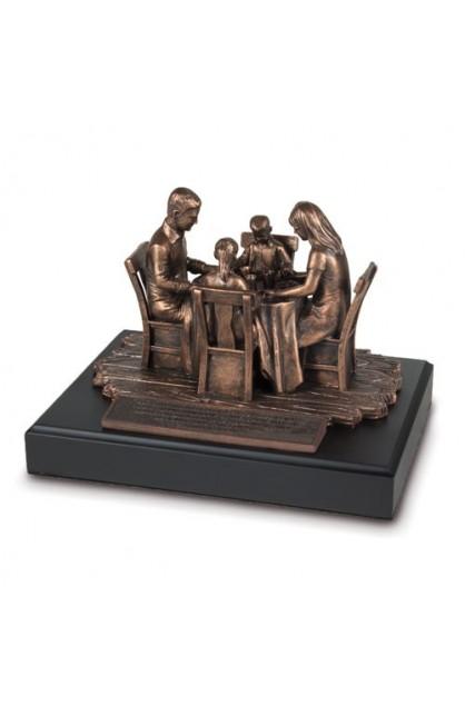 FAMILY PRAYER SCULPTURE