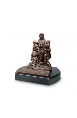 JESUS AND THE CHILDREN SCULPTURE