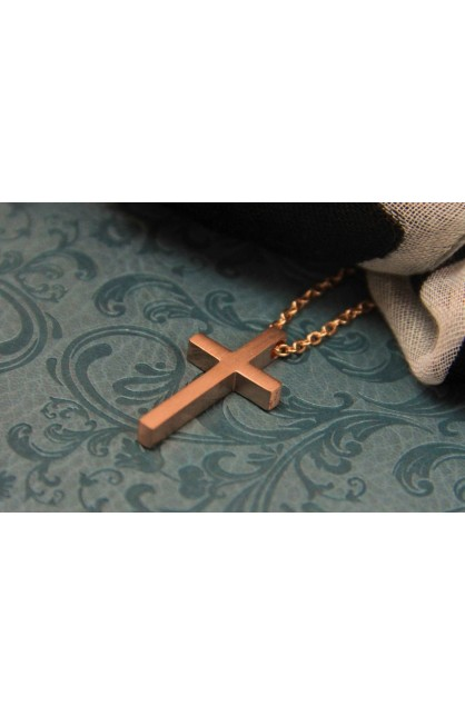 SMALL GEOMETRIC CROSS NECKLACE ROSE GOLD