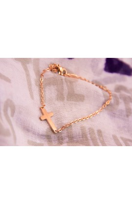 SMALL CROSS BRACELET GOLD ROSE