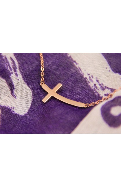 CURVE CROSS NECKLACE ROSE GOLD